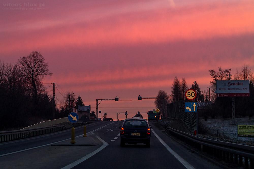 Fot. Witold Ochał, wschód słońca w drodze do pracy