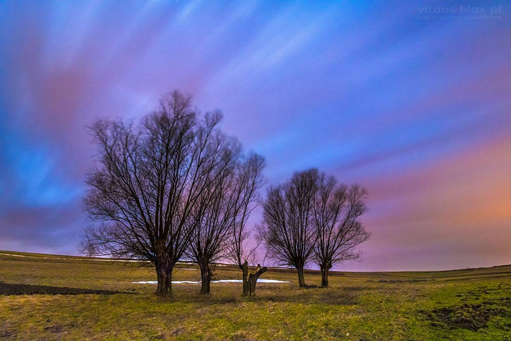 Fot. Witold Ochał, podświetlone światłem Księżyca