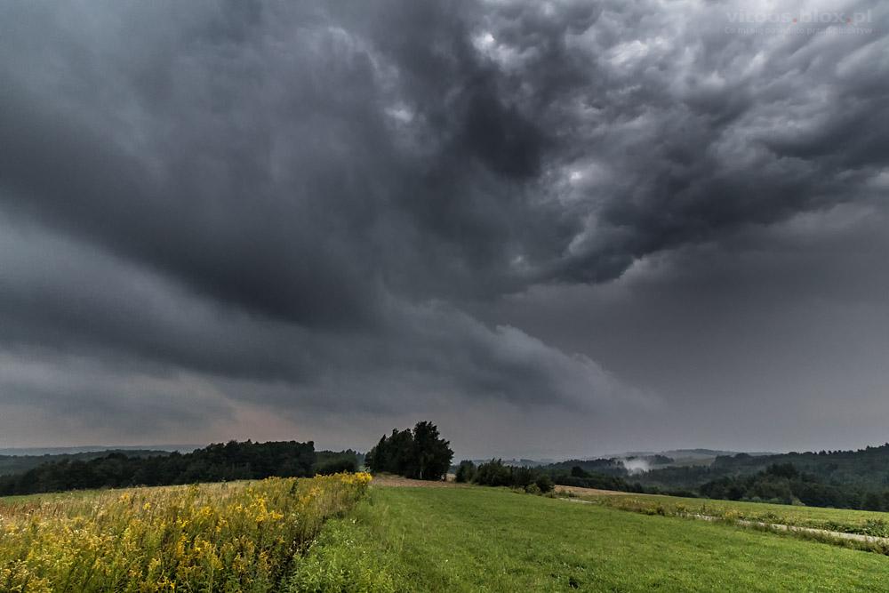 Fot. Witold Ochał, czoło burzy, burza, 14.08.2018, Szkodna