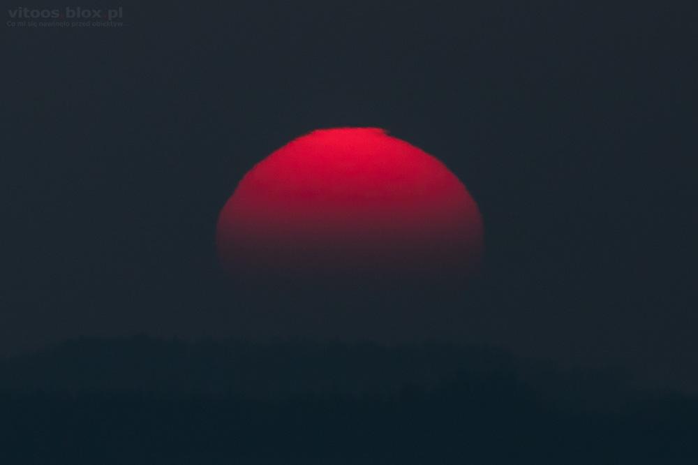 Fot. Witold Ochał, refrakcja atmosferyczna, falujące słońce